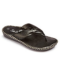 Heavenly Soles Toe Post Sandals E