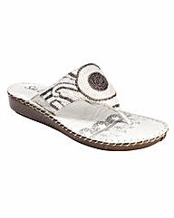 Sole Diva Toe-Post Sandals EEEEE Fit