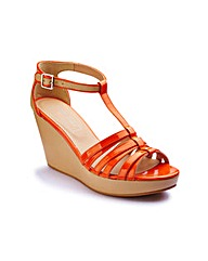 Anna Scholz T-Bar Wedge D Fit