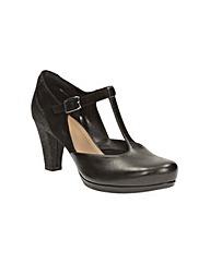 Clarks Chorus Gia Shoes