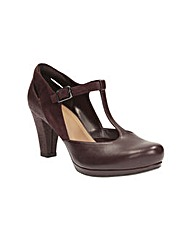 Clarks Chorus Gia Shoes