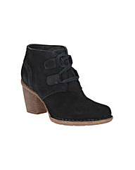 Clarks Carleta Lyon Wide Fit