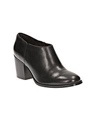 Clarks Othea Ada Boots