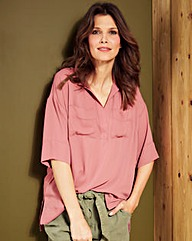 Plum Dipped Side Utility Blouse