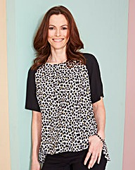 Animal Print Raglan Sleeve Shell Top