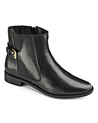 Sole Diva Chelsea Boot EEE fit