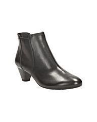 Clarks Denny Diva Boots