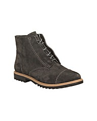 Clarks Womens Griffin Mae Standard Fit