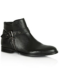 Daniel Laugh Flat Boot