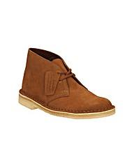 Clarks Desert Boot. Standard Fit