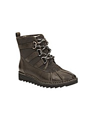 Clarks Olso Cove Boots