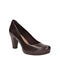Clarks Chorus Chic Wide Fit