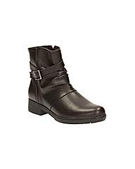 Clarks Merrian Kay Boots