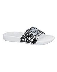 Nike Benassi Slider Sandals