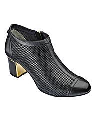 Van Dal Ankle Boots D Fit