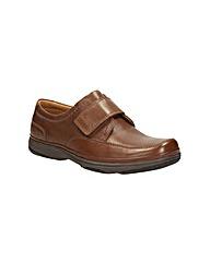 Clarks Swift Turn Shoes