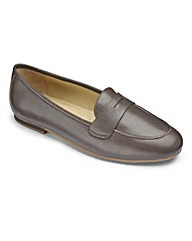 Heavenly Soles Leather Ballerinas EEE