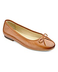 Heavenly Soles Bow Ballerina Shoes EEEEE
