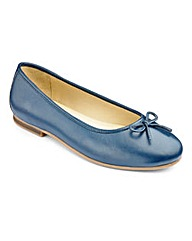 Heavenly Soles Bow Ballerina Shoes D