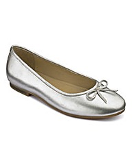 Heavenly Soles Bow Ballerina Shoes EEE