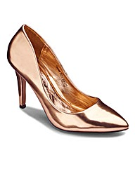 Metallic Court Shoe