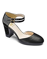 Sole Diva Ankle Strap Courts E Fit