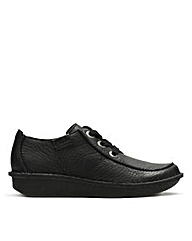 Clarks Womens Funny Dream Standard Fit