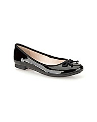 Clarks Womens Carousel Ride Wide Fit
