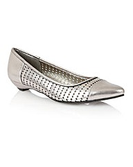Lotus Diamond Casual Shoes