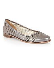 Lotus Bellana Casual Shoes