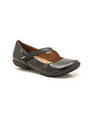 Clarks Womens Felicia Plum Wide Fit