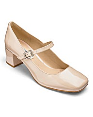 Clarks Chinaberry Pop Shoes D Fit