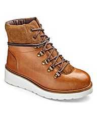 Sole Diva Hiker Boots E Fit