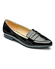 Heavenly Soles Patent Shoes E Fit