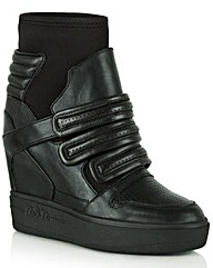 Ash Axel Wedge Trainer