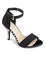 Sole Diva Strappy Sandal E Fit