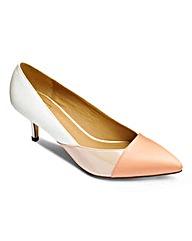 Sole Diva Panel Court Shoe E Fit