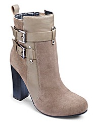 Sole Diva Platform Ankle Boots E Fit