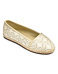 Sole Diva Lace Espadrille Pump EEE Fit