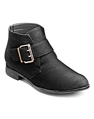Sole Diva Buckle Boots E Fit