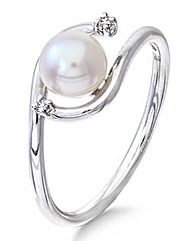 9 Carat White Gold Pearl Ring