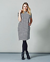 AX Paris Check Grid Print Shift Dress