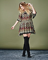 Alice and You Print Tunic