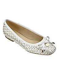 Sole Diva Woven Ballerinas EEE Fit