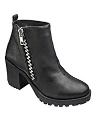 London Rebel Zip Ankle Boots D Fit