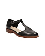 Clarks Taylor Palm Shoes