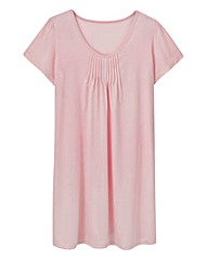 Naturally Close Pleat Nightdress 38in