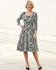 Nightingales Jacquard Dress