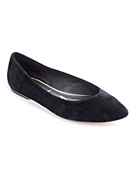 Sole Diva Pointy Ballerinas EEE Fit