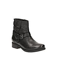 Clarks Verlie Bali Boots